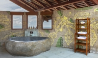 Villa Khaya Bathroom with Bathtub | Nusa Dua, Bali