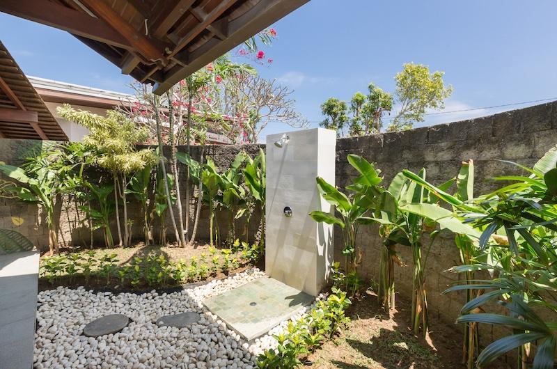Villa Khaya Shower Area | Nusa Dua, Bali