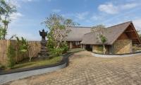 Villa Khaya Entrance Area | Nusa Dua, Bali