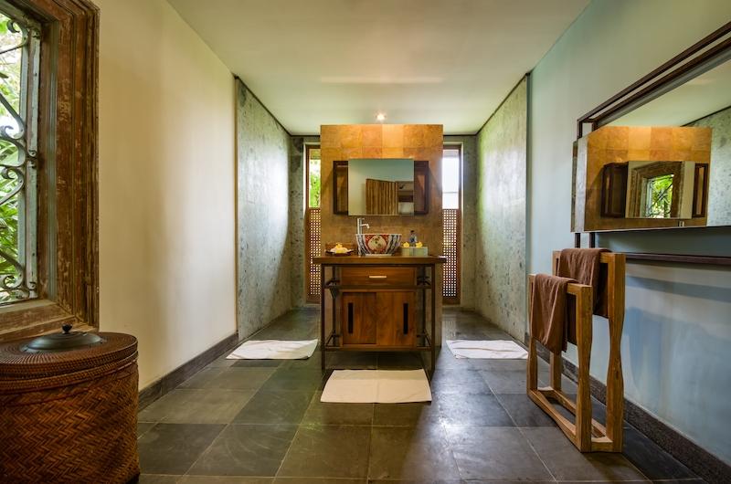 Desa Roro Bathroom One | Canggu, Bali