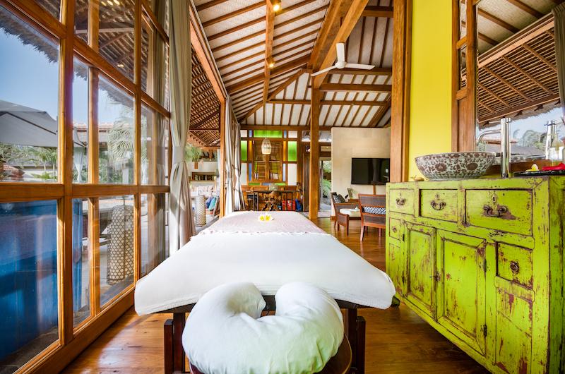 Desa Roro Massage Beds | Canggu, Bali