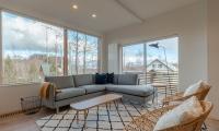 Komorebi Chalet Living Room | Hirafu, Niseko