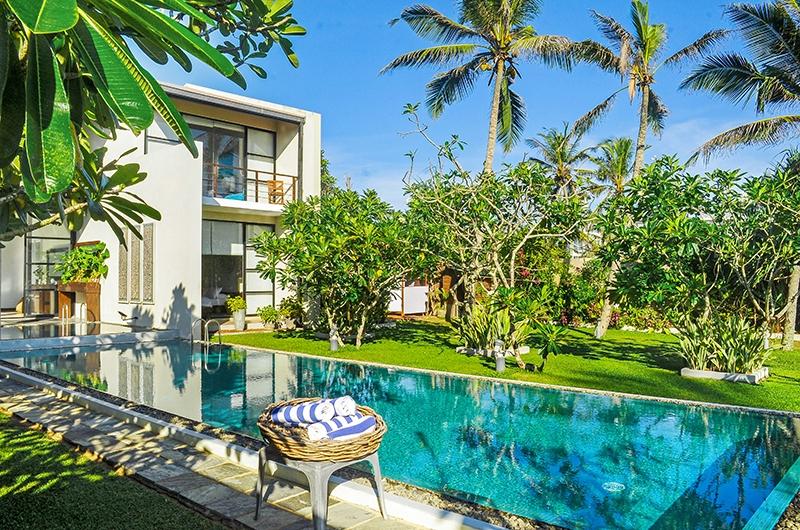 Mirissa Beach Villa Swimming Pool | Mirissa, Sri Lanka