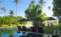 Mirissa Beach Villa Pool Side | Mirissa, Sri Lanka