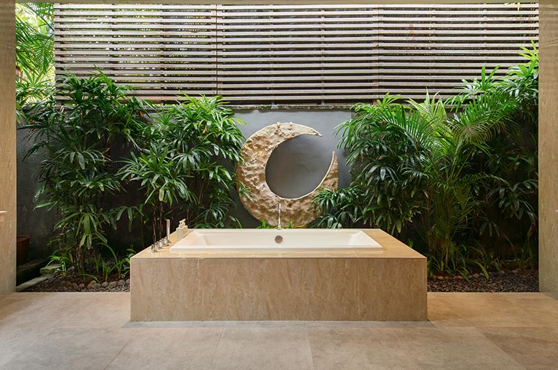 Imperial House Bathtub | Canggu, Bali