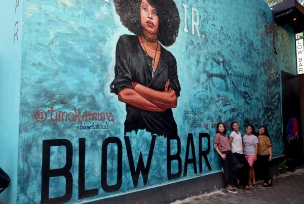 Bali Seminyak Blow Bar Mural