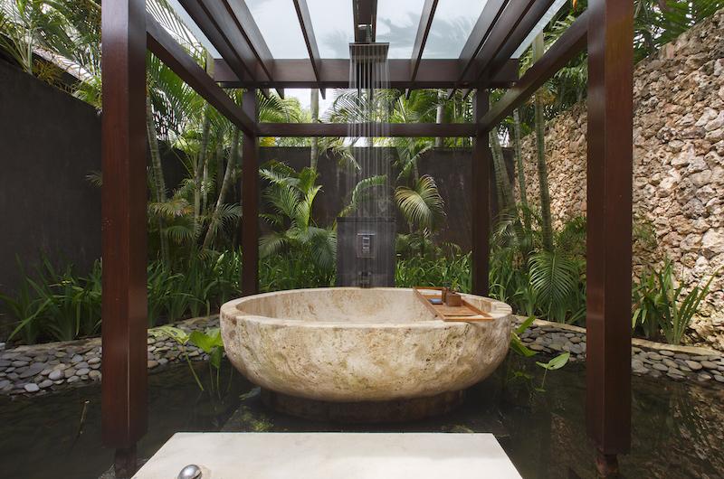 Outdoor Bath, Villa Jamadara | Uluwatu, Bali