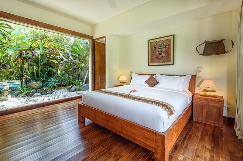 Villa Ku Besar Bedroom with Garden View   Seminyak, Bali