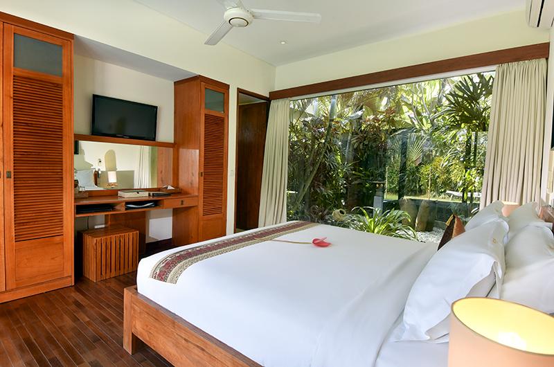 Villa Ku Besar Spacious Bedroom   Seminyak, Bali