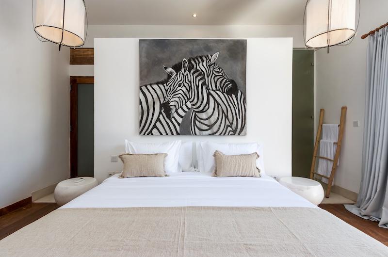 Villa Metisse Bedroom with Lamps | Seminyak, Bali