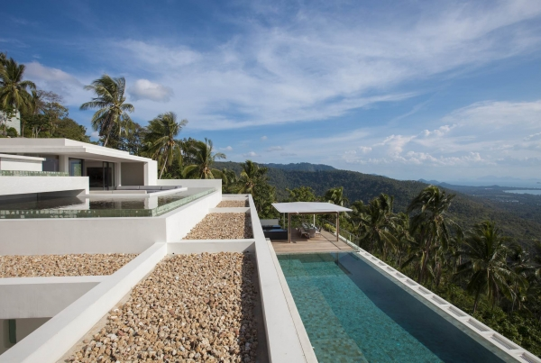 You Must Stay In A Villa In Phuket