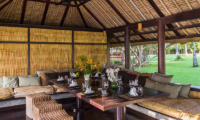 Sira Beach House Dining Table | Lombok, Indonesia