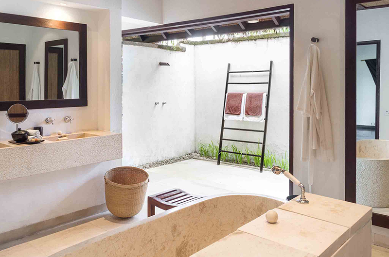 Sira Beach House Bathtub Area | Lombok, Indonesia