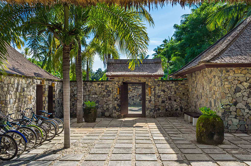 Sira Beach House Entrance | Lombok, Indonesia