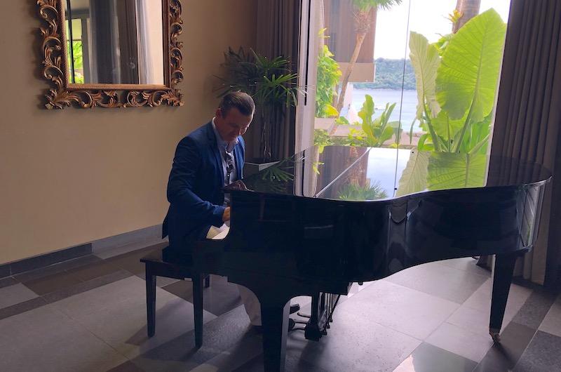 Phuket Kata Impiana Kata Noi Piano