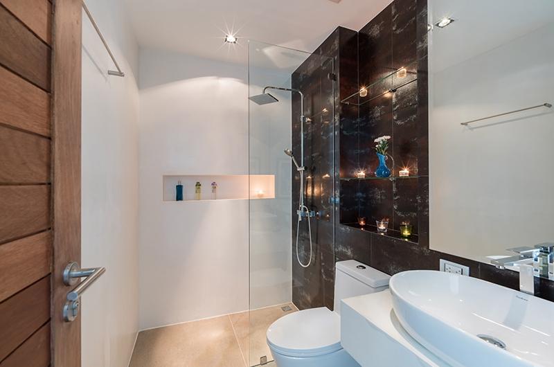 Villa Pablo Bathroom with Shower | Bang Tao, Phuket