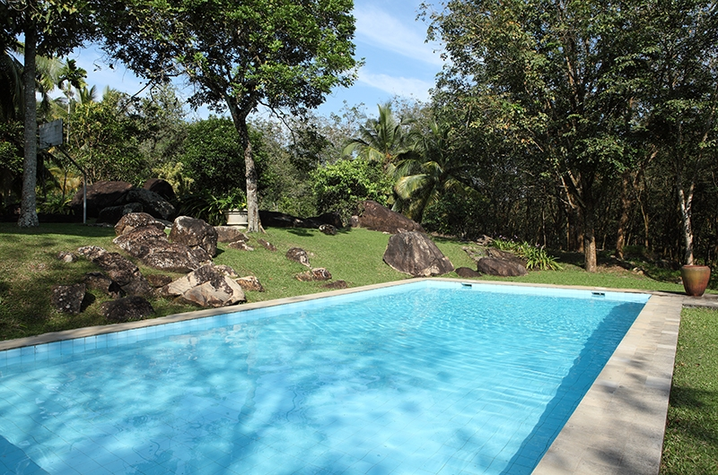 Glenross Plantation Villa Pool | Kalutara, Sri Lanka