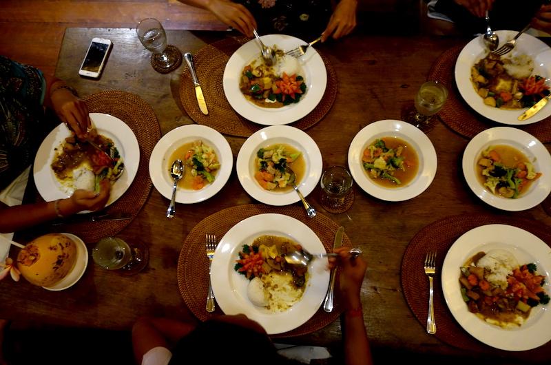 Bali Ubud Villa Samaki Dinner