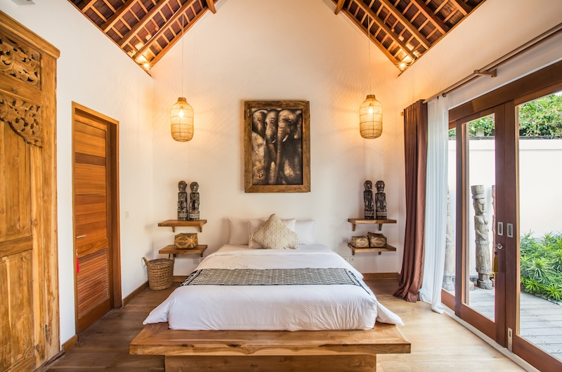 Villa Waterlily Seminyak Double Bedroom with Enclosed Bathroom | Seminyak, Bali
