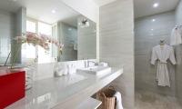 Villa Saam Bathroom One | Choeng Mon, Koh Samui