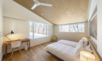Sakka Rocks Twin Bedroom | Hakuba, Nagano