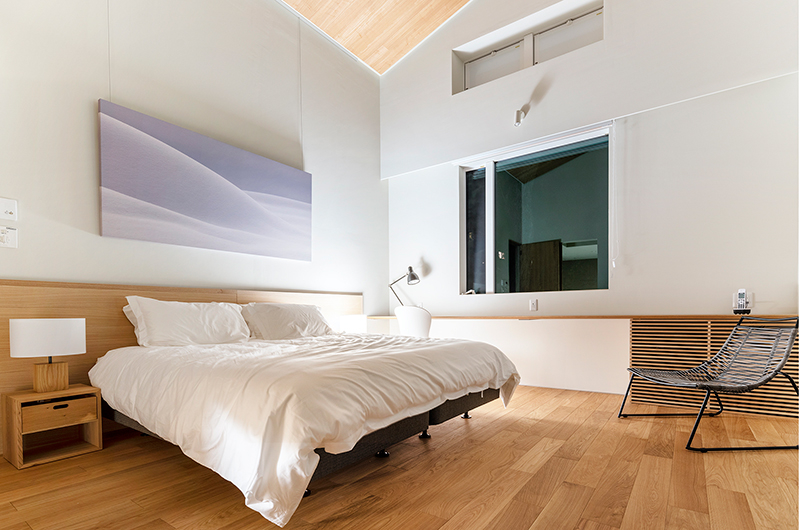 Sakka Rocks Bedroom with Seating | Hakuba, Nagano