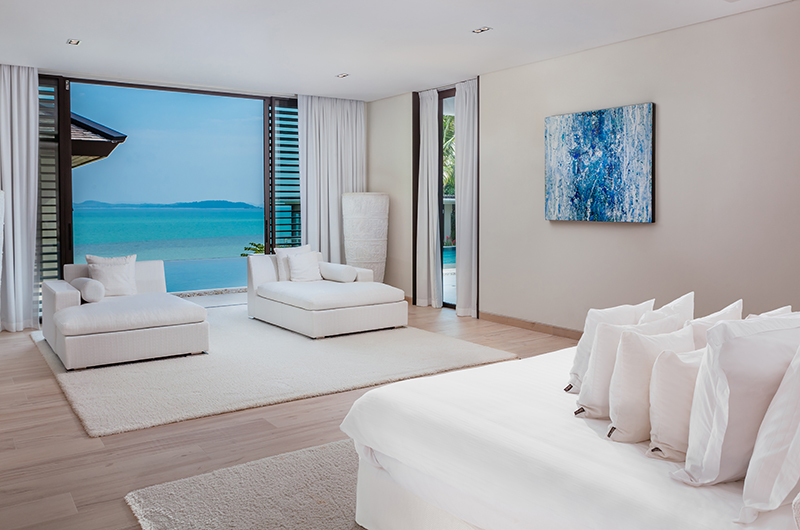 Villa Vikasa Master Bedroom with Seating | Cape Yamu, Phuket