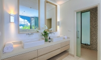 Villa Vikasa Bathroom Area | Cape Yamu, Phuket