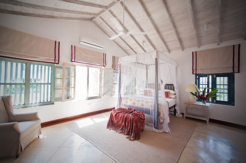 20 Middle Street Queen Bedroom with Seating | Galle, Sri Lanka