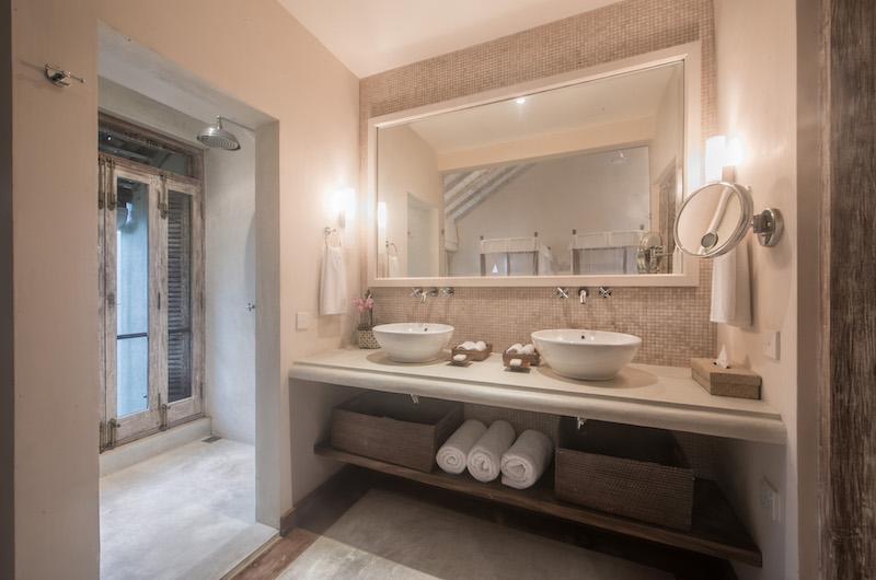 20 Middle Street Twin Bedroom Bathroom | Galle, Sri Lanka