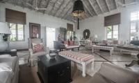 Habaraduwa House Living Area | Koggala, Sri Lanka
