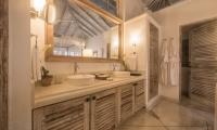 Habaraduwa House Bathroom Area | Koggala, Sri Lanka
