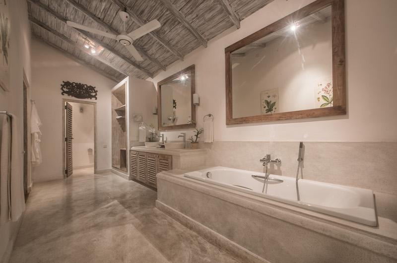 Habaraduwa House Bathroom | Koggala, Sri Lanka