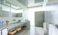 The Nine Mirissa Bathroom Four | Mirissa, Sri Lanka