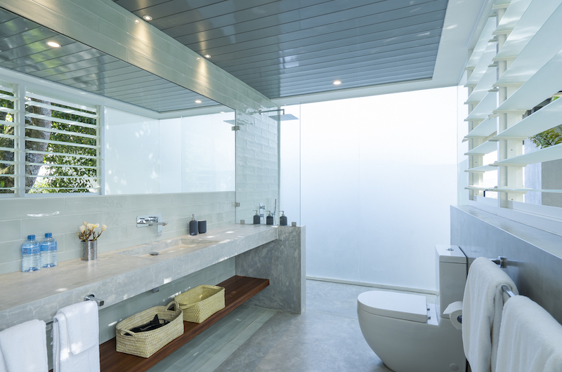 The Nine Mirissa Bathroom with Shower | Mirissa, Sri Lanka