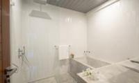 The Nine Mirissa Bathroom | Mirissa, Sri Lanka