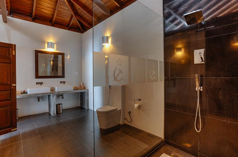 Villa Republic Bentota Spacious Bathroom   Bentota, Sri Lanka