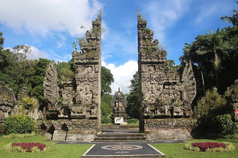 Candi Bentar Kebun Raya | Tabanan, Bali