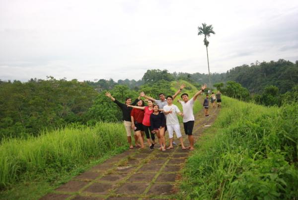 MoV Team on the Campuhan Ridge Walk | Ubud, Bali