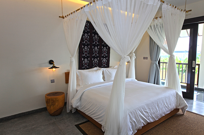 Villa Elite Cassia Bedroom Slide with Lamp | Canggu, Bali