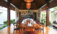 Villa Elite Cassia Dining Table   Canggu, Bali