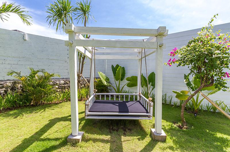Villa Kusuma Swing | Uluwatu, Bali