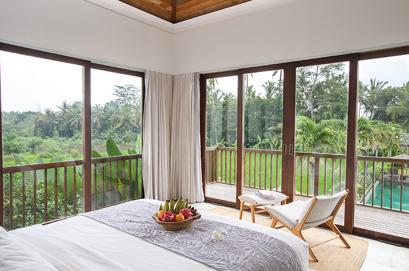 Villa Lumia Bedroom with Seating | Ubud, Bali