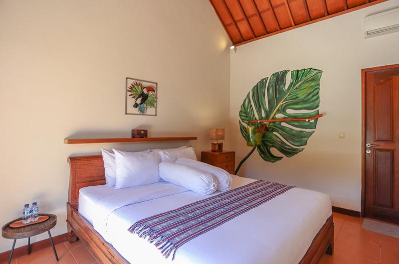 Villa Rindik Bedroom with Lamps | Canggu, Bali