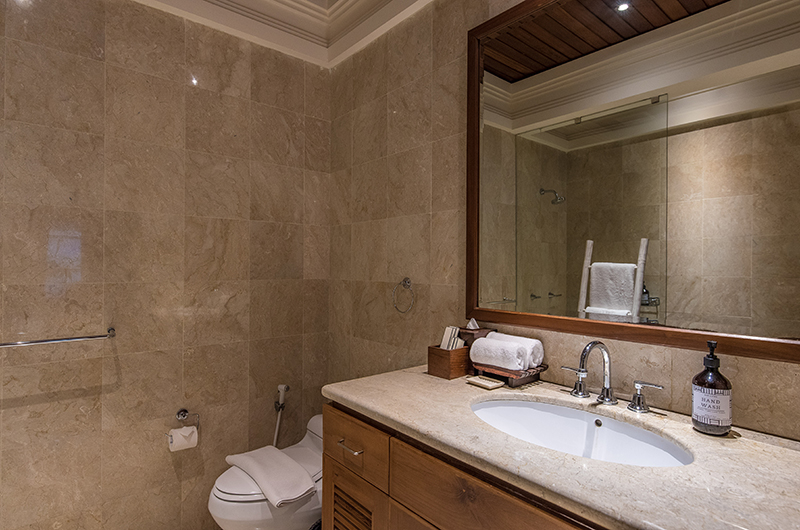 Villa Senada Bathroom with Mirror | Jimbaran, Bali