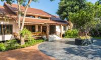 Villa Angthong Entrance | Choeng Mon, Koh Samui