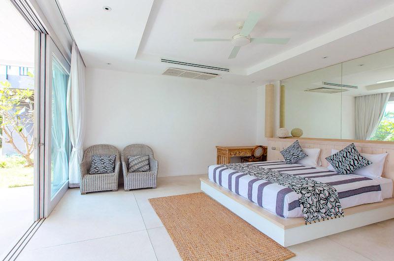 Villa Arcadia Bedroom with Study Table | Laem Sor, Koh Samui