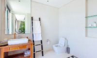 Villa Arcadia Bathroom with Mirror | Laem Sor, Koh Samui