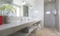 Villa Song Skye Bathroom One | Choeng Mon, Koh Samui