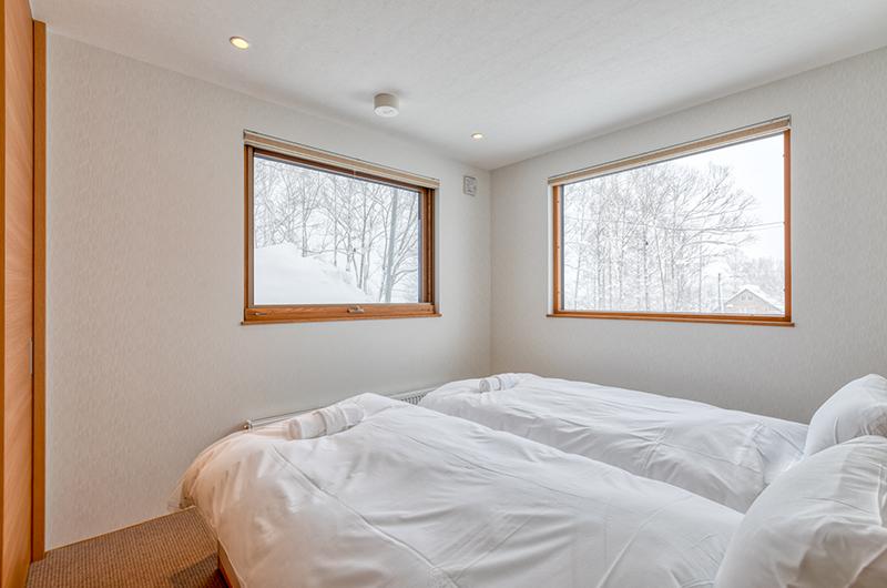Hokkaidaway Twin Bedroom Area | Hirafu, Niseko
